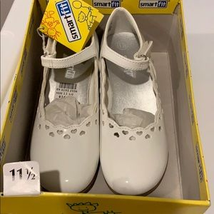 NEW! Smartfit Girls White Patent Shoes